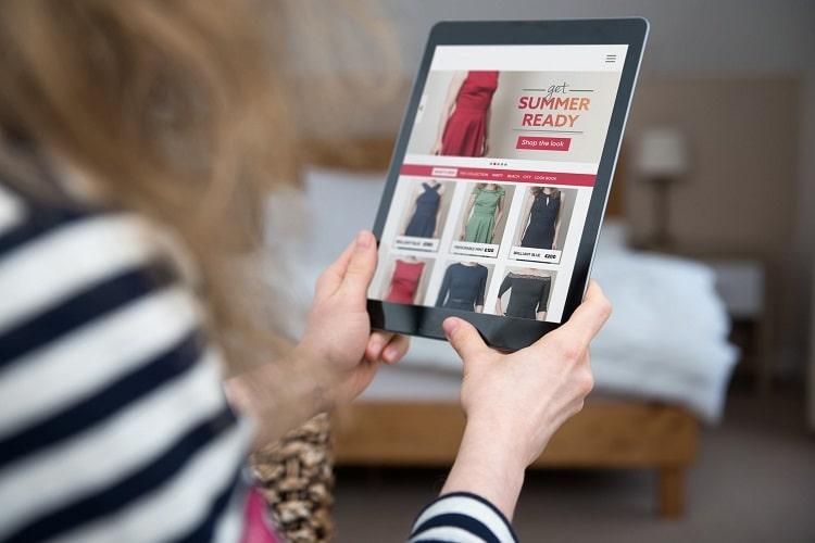 vetements en ligne pour femmes a petit budget